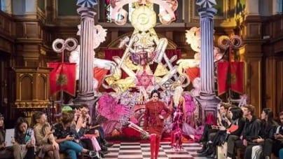 Londyn: W anglikańskim kościele zorganizowano pokaz mody z okultystycznym przekazem [WIDEO]