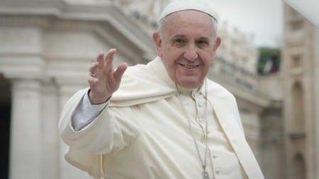 Papież organizuje posiłek dla ubogich. Bez wieprzowiny, aby nie urazić muzułmanów