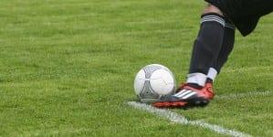 """Rumuński piłkarz daje świadectwo wiary: """"Jestem bardzo wierzący. Często się modlę"""""""