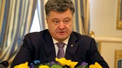 Petro Poroszenko podpisał dekret o wprowadzeniu stanu wojennego na Ukrainie