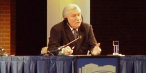 """Wałęsa w formie: """"Musimy znaleźć pałę na tego karakana"""", """"Kota se zamknij"""""""