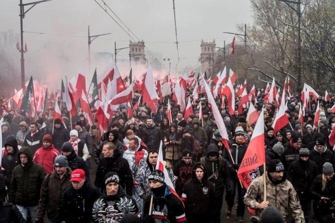 SIEMIĄTKOWSKI: My chcemy Boga! Dlaczego hasło Marszu Niepodległości jest trafne
