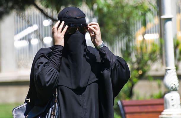 Szwajcaria: Mieszkańcy kantonu Sankt-Gallen zdecydowali o zakazie noszenia burek