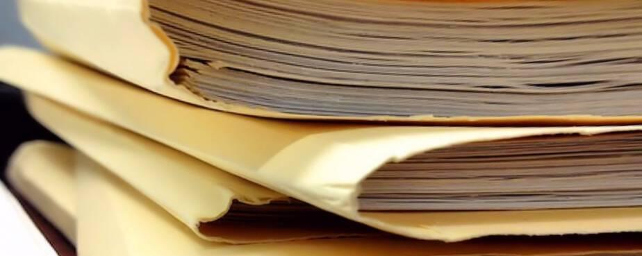 """""""W całym kraju są niszczone archiwa MSW"""" – Ujawniono list Rokity"""