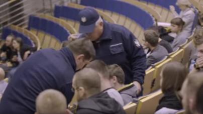 Zadyma na Uniwersytecie Warszawskim! MW przerwała projekcję filmu o LGBT!