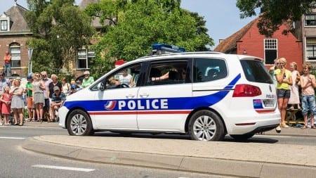 Francja: 4 miesiące więzienia za memy przeciwko imigracji