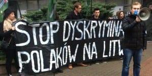 Młodzież Wszechpolska Pomorze przeciwko dyskryminacji Polaków na Litwie [ZDJĘCIA]
