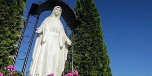 Kolejna profanacja. Zniszczone kapliczki we Włocławku