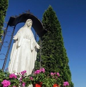Płock: Sprofanowały wizerunek Maryi, staną przed sądem