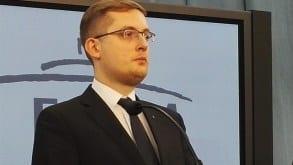 """Winnicki do Jarosława Selinna: """"Czy ktoś spytał naród o to czy chce, aby Polska została żydowskim disneylandem""""?"""
