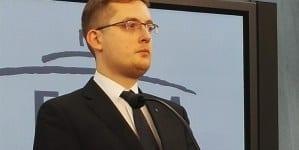 Robert Winnicki: Oficjalnie banksterzy przejmują władzę. Morawiecki doradzał Tuskowi w interesie banków!