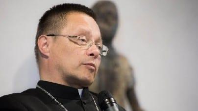 Kontrowersyjne słowa abp. Rysia: Zagładę stworzyli ludzie, których wychowały Kościoły chrześcijańskie