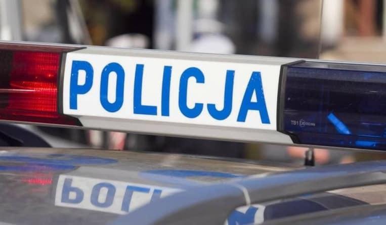 Policjant po służbie chciał przerwać bójkę na warszawskiej Ochocie. Musiał użyć broni.