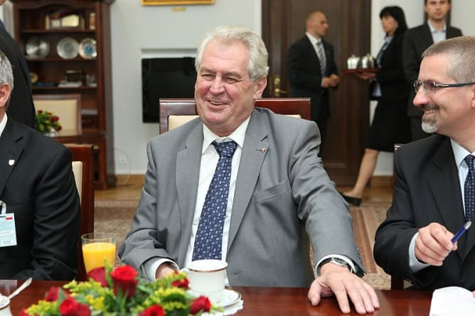 Prezydent Czech wzywa rząd do potępienia kultu UPA na Ukrainie