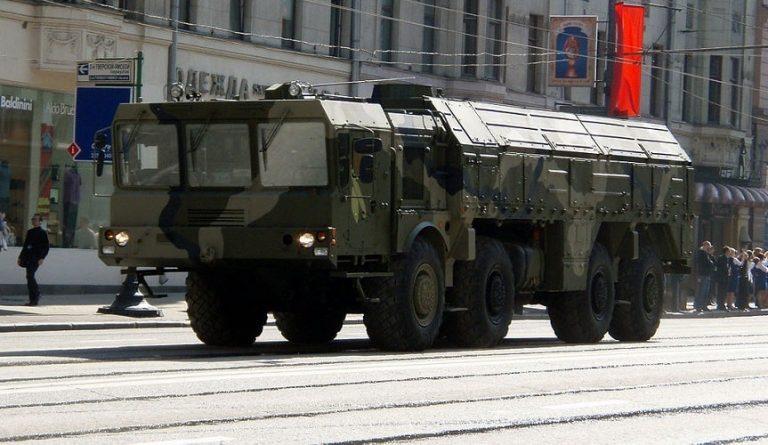 Rosyjski bastion w Kaliningradzie rośnie w siłę – podjęto decyzję o zamieszczeniu na stałe Iskanderów