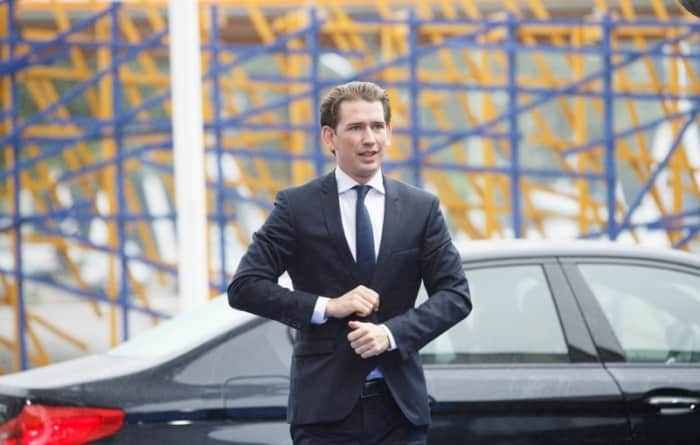 Austria jednak nie dla Grupy Wyszehradzkiej? Kurz odpowiada Morawieckiemu