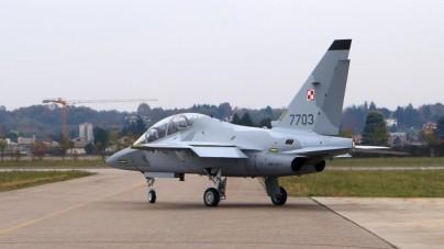 Włoski producent będzie musiał zapłacić karę za nieterminowe dostawy ośmiu odrzutowców M-346 Master dla Polskiej Armii.