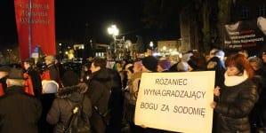 W Słupsku odbył się różaniec w intencji nawrócenia prezydenta Biedronia