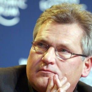 Kwaśniewski wyznaje, że czuje się podsłuchiwany. Dodał także, że… nie pije mocnych alkoholi