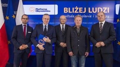 Olbrychski atakuje Polskę i Polaków! Ataki na rząd, to dla niego za mało