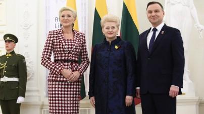 Andrzej Duda z małżonką na obchodach stulecia niepodległości Litwy
