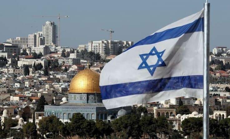 """Arab, który pobił Żyda w Warszawie usłyszał zarzuty prokuratorskie: """"Pier**le Izrael"""""""