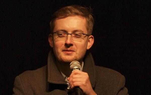 Fala ataków po sondzie posła Winnickiego na Twitterze o wstrzymaniu ekshumacji w Jedwabnem
