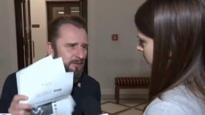"""Nawet Liroy nie wytrzymał! Ostre starcie z dziennikarką TVN. """"To, co pani robi w tej chwili, to jest żart!"""" (WIDEO)"""