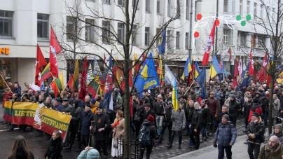 Czołowi białoruscy opozycjoniści wzięli udział w antypolskim marszu. Razem z nimi… neobanderowcy i NPD