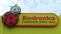 Dziurawa ustawa. Sieć Biedronka może otworzyć swoje sklepy w niedziele.
