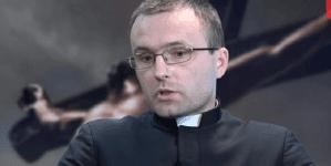 """Ks. Szydłowski: """"Kościół katolicki zaczął się chwiać. Już nie jest ostoją i drogowskazem dla wiernych"""" [WIDEO]"""