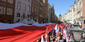 Gdańsk: Antyfaszystowska demonstracja pod przewodnictwem Adamowicza