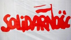 Protest związkowców w sprawie wyłączenia pieca w krakowskiej hucie żelaza