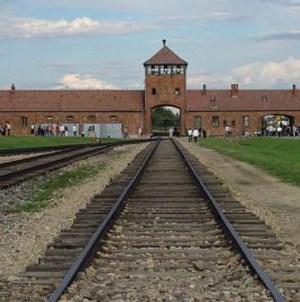 """""""Polskie obozy śmierci"""" w USA Today. Interweniowała ambasada"""