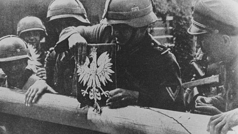 Nie ma żadnego dokumentu ws. zrzeczenia się przez Polskę praw do niemieckich reparacji