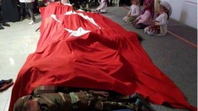 Niemcy: Lokalny rząd zaniepokojony nagraniem tureckich dzieci odtwarzających sceny wojenne