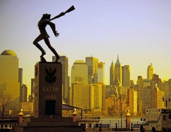 Jersey City – Usuną Pomnik Katyński