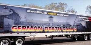"""Ciężarówka """"German Death Camps"""" w Chicago podczas święta Konstytucji 3 Maja! [WIDEO]"""