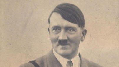 """Nowe badania ws. Hitlera: """"Możemy wstrzymać się z wszystkimi teoriami spiskowymi"""""""