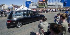 Alfie Evans pochowany. Była próba wstrzymania pogrzebu