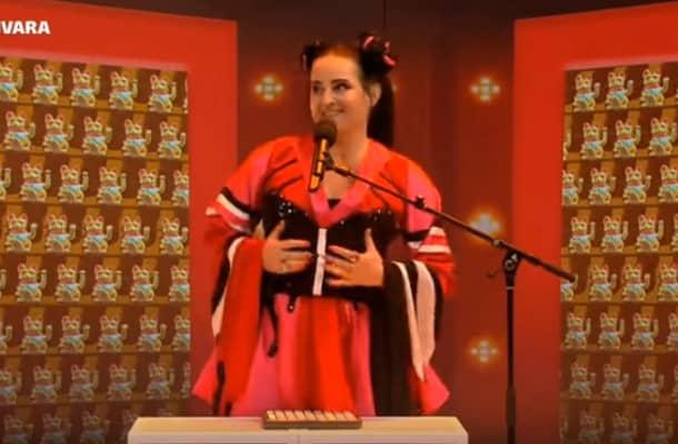 Za to wykonanie oskarżono ją o antysemityzm. Parodia izraelskiej piosenki z Eurowizji nie spodobała się w ambasadzie