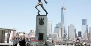 Pomnik katyński jednak przeniesiony. Nie wszystkim spodobał się rozejm
