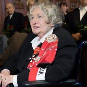 93-letnia łączniczka AK walczy w plebiscycie – jest daleko za feministkami i działaczkami LGBT