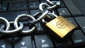 """Dziś PE proceduje """"podatek od linków"""". Czy to koniec internetu jakiego znamy? """"To próba kontroli internetu"""""""