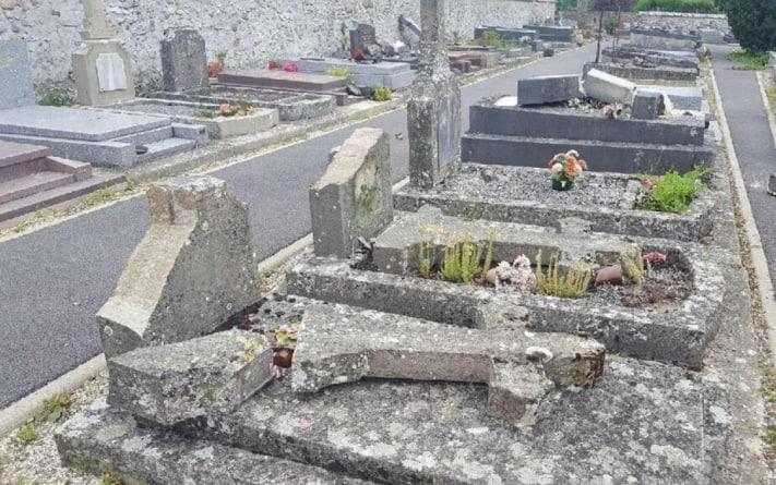 Francja: Profanacja 20 grobów na cmentarzu w Bouleurs