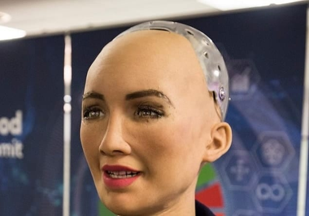 Robot Sophia z indeksem AGH, czyli o sztucznej inteligencji