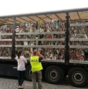 Zatrzymano nielegalny transport śmieci z Niemiec do Polski