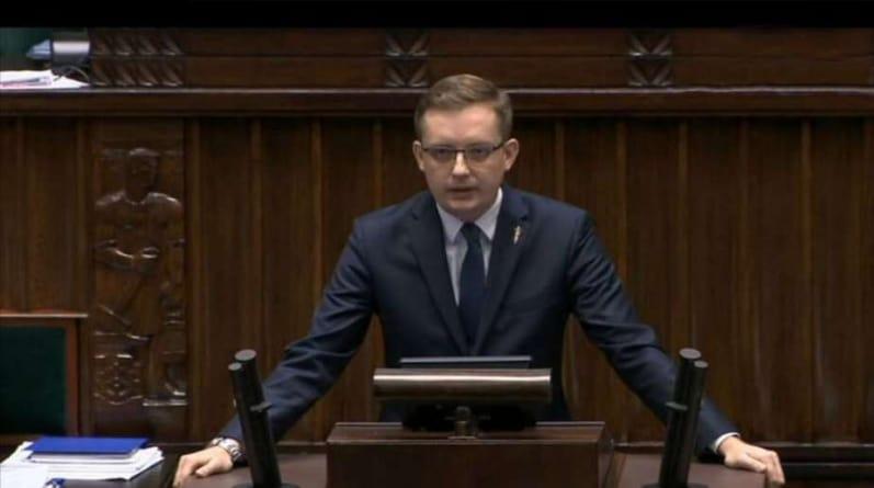 Winnicki ostro w Sejmie o 447: Polska nie będzie płacić żadnych roszczeń żydowskich