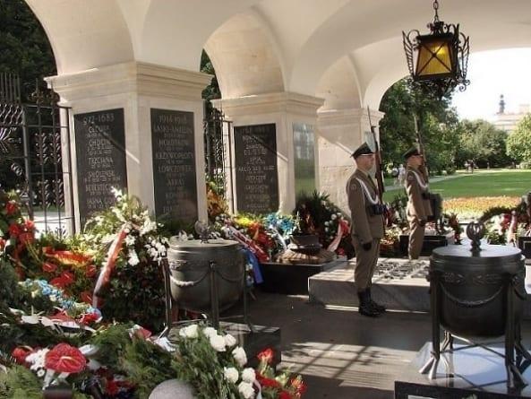 Morawiecki: Nie ustaniemy w wysiłkach, aby wydarzenia Rzezi Wołyńskiej zostały godnie upamiętnione