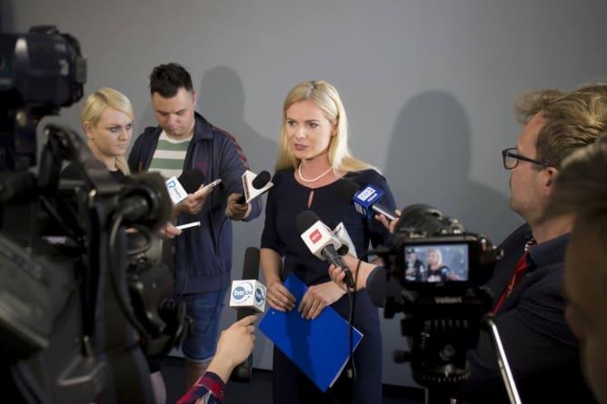 Schmidt wwiozła w bagażniku Obywateli RP na teren Sejmu